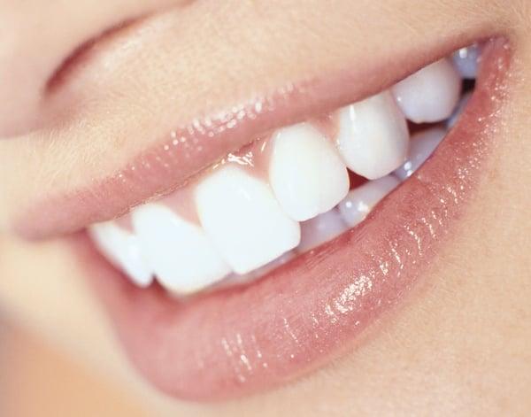 holistic dentist for sensitive teeth